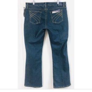 Levi's NWT Juniors 17 Slim Bootcut Jeans Low Rise